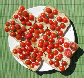 tomato sandwich sm Bread & Butter Pickles